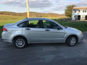 2011 Ford Focus $7000 OBO