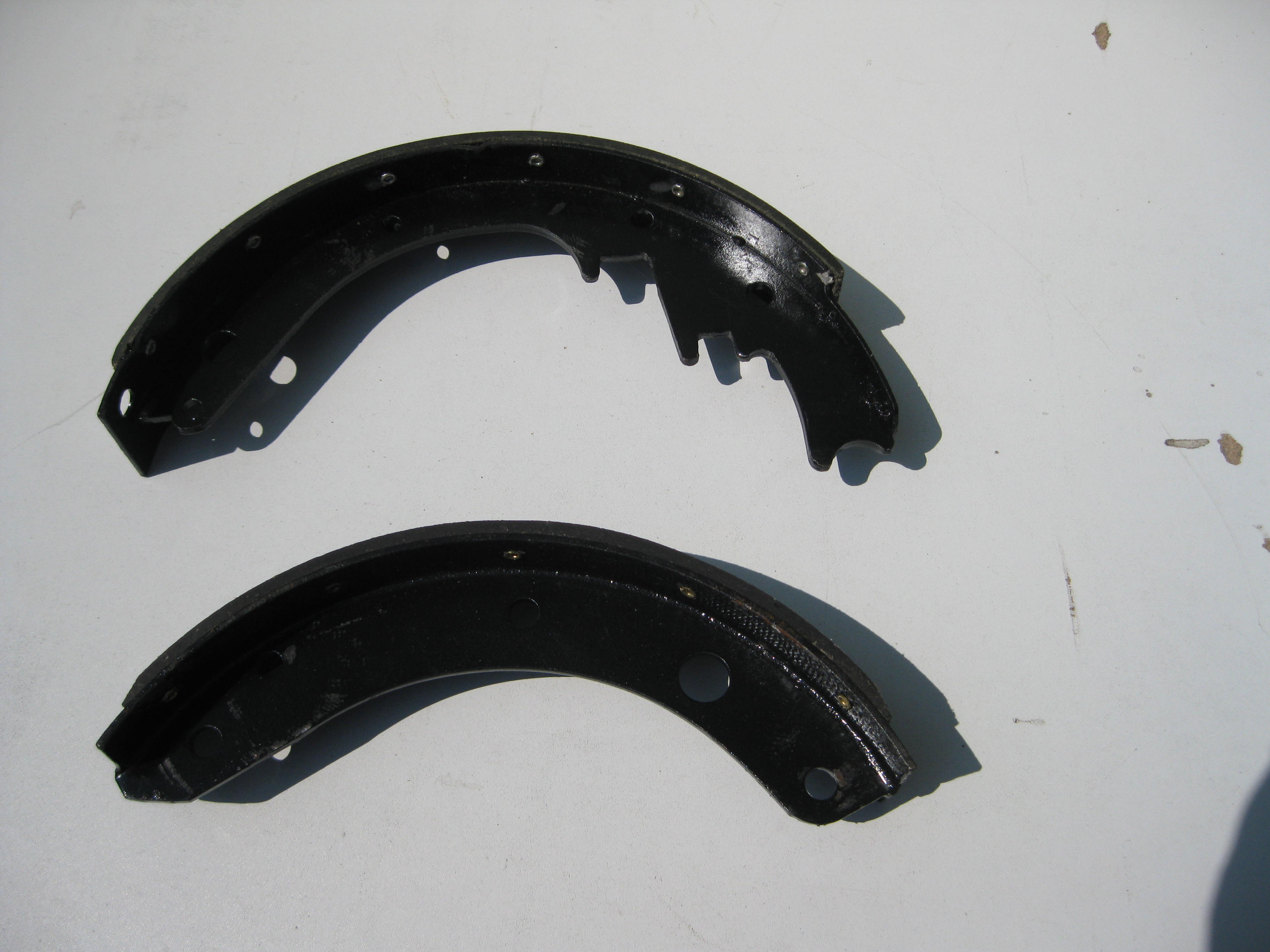 1936-70 CHEVROLET BRAKE SHOES
